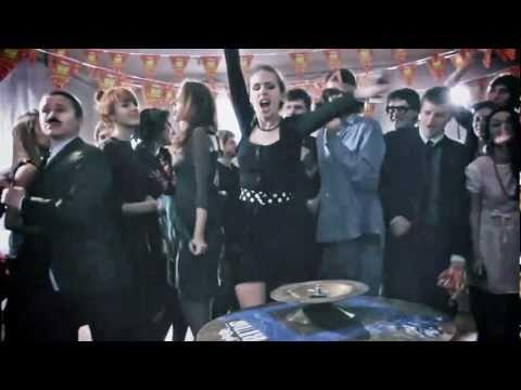 Клип Black Jackets - I Gotta Feeling