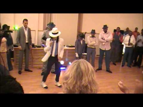 sosie MICHAEL JACKSON smooth criminal a un mariage par James Jackson