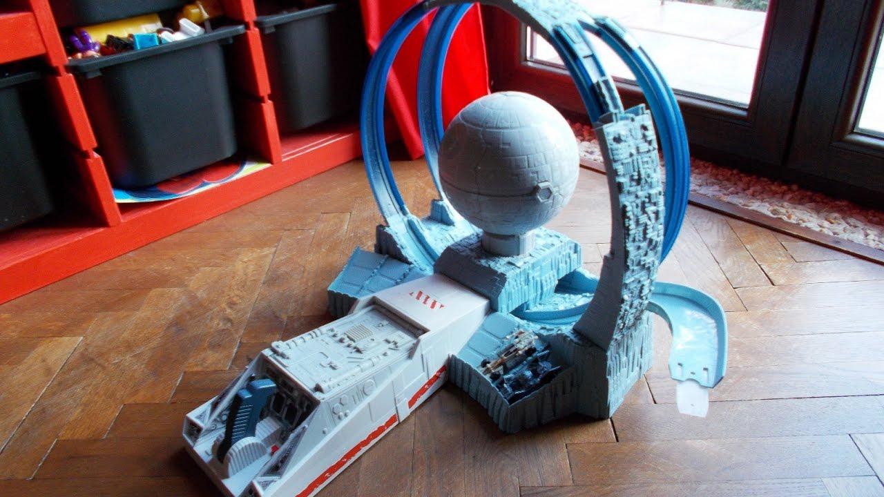 star wars death star revolution race demo hot wheels. Black Bedroom Furniture Sets. Home Design Ideas