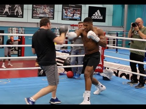 PURE BEAST! - ANTHONY JOSHUA WRECKS THE PADS WITH ROB McCRACKEN AHEAD OF CARLOS TAKAM CLASH
