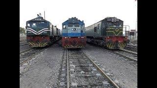 Pakistan Railways || Trainz Parallel Action Compilation Part 2 || Rare Collection || Race B/w Trains