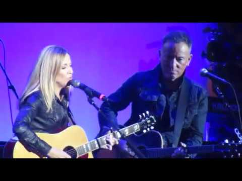 'Stand Up for Heroes': Jon Stewart jabs Lori Loughlin, Bruce Springsteen duets with Sheryl Crow and more highlights