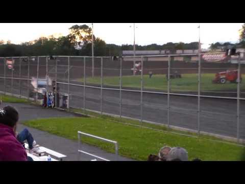 305 Sprint Car Heat 2 @ Boone Speedway 05/27/17