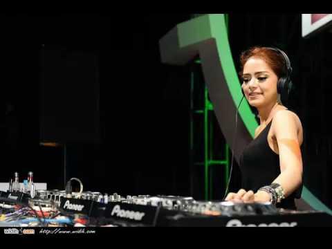 BASS Sampe ke JANTUNG II Musik DJ Paling GEMPAR