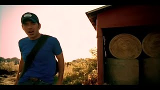 Watch Rodney Atkins Watching You video