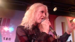 Download Video Fuzzbox - XX Sex - 100 Club - 13/11/15 MP3 3GP MP4