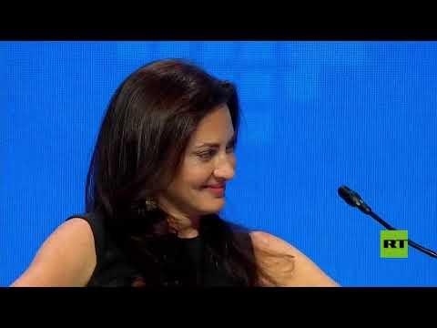 بوتين: أمامي امرأة جميلة تكرر السؤال وكأنها لم تسمع ما قلت