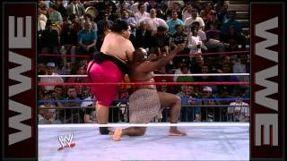WWE Hall of Fame: Yokozuna battles the mighty Kamala