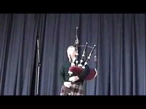 Donald Macpherson at the Piping Centre August 1999