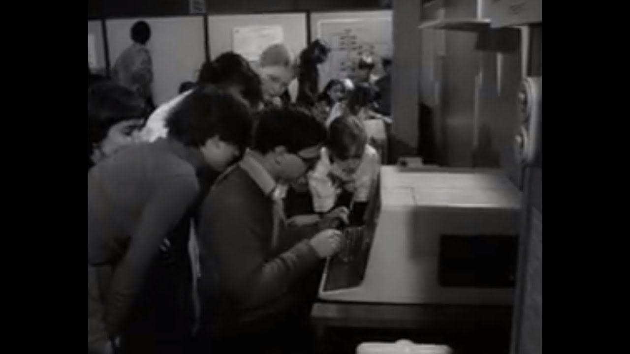 Verrassend Mens en computer (1979) - YouTube VQ-95