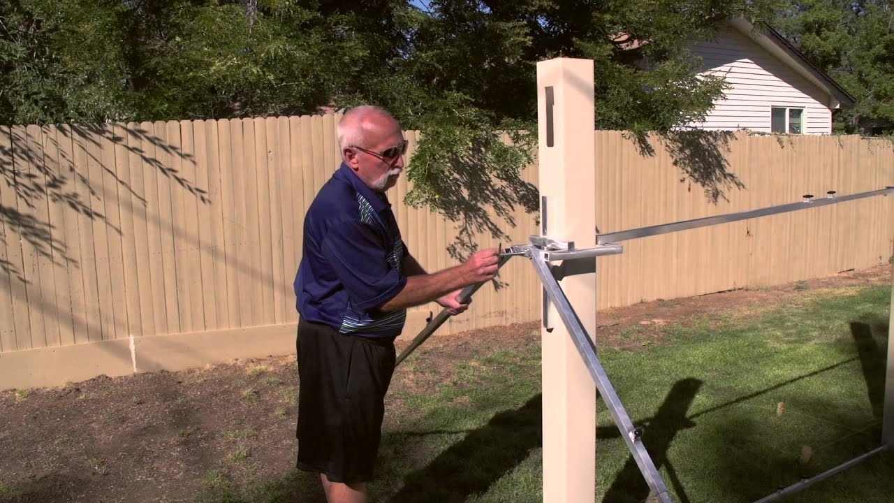 Bracing routed vinyl posts youtube bracing routed vinyl posts diy fence installation tools baanklon Image collections