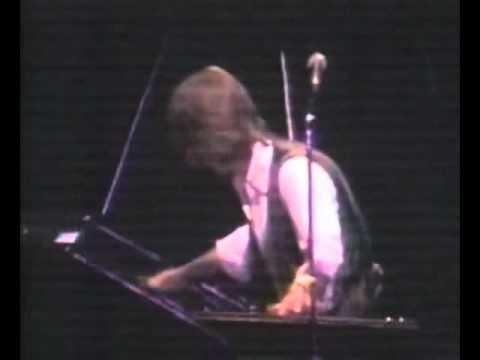 Emerson, Lake, Palmer - Peter Gunn Theme.mpg