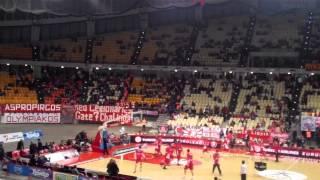 Ολυμπιακός - Χίμκι (Είσοδος ομάδων)