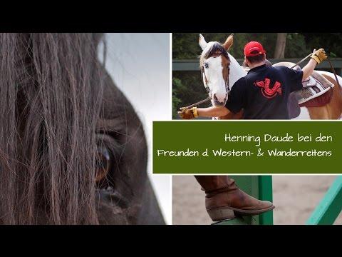 Bild: Reitfachmann Henning Daude bei Freunden des Western- und Wanderreitens in Groß Siemen, Ostsee