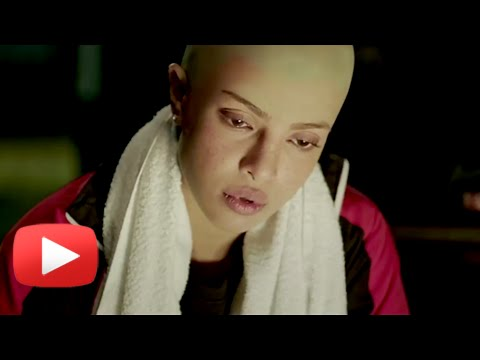 Priyanka Chopra 's Bald Look In Mary Kom!
