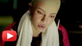 Priyanka Chopra 's Bald Look In Mary Kom!