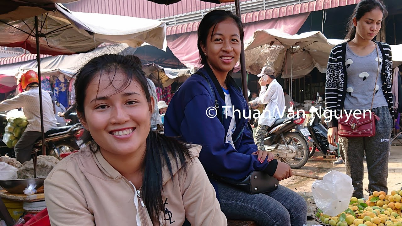 Woman in Kampong Thum