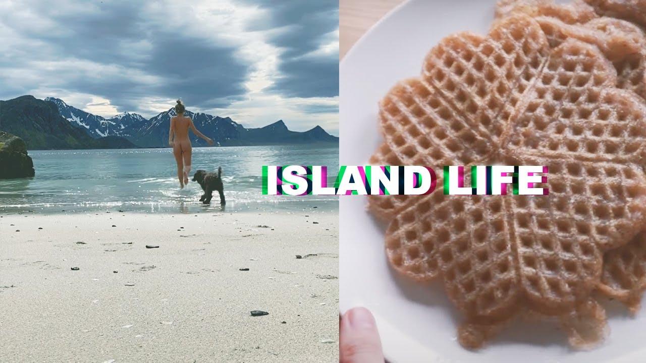 Week in My Life Living in Lofoten Islands (glutenfree, vegan waffles+homemade skincare + surfing)