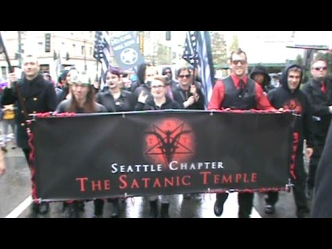 March for Science Seattle: Preacher hit from behind & Satanic Temple marching but THE LORD REIGNS!