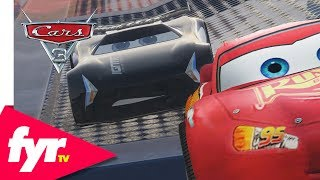 Cars 3: Lightning McQueen vs Jackson Storm EPIC Stunt Race
