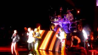 Earth wind & Fire LIVE DTE Music theater Detroit LET'S GROOVE TONIGHT