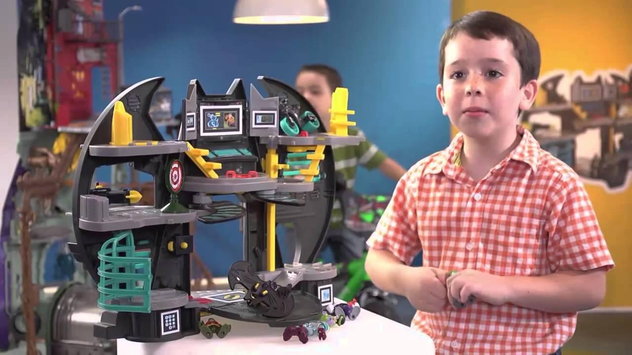 Cientos De Niños Entre Las Edades De 6 A 7 Años Escogieron Lo Que Prefieren Para Navidad Youtube