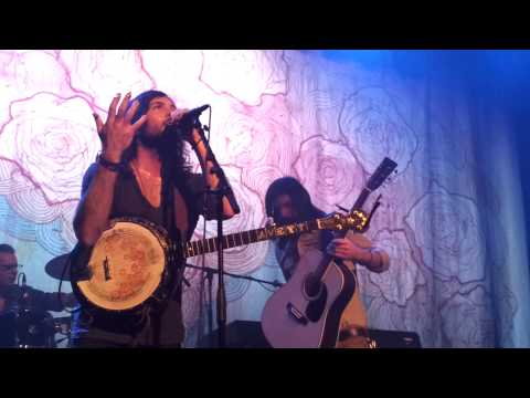 The Avett Brothers live - Go  To Sleep &...