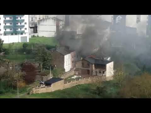 Se declara un incendio en la parroquia lucense de Galegos