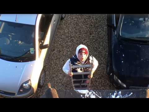 Ben Phillips & Elliot - Pigeon Poop Prank