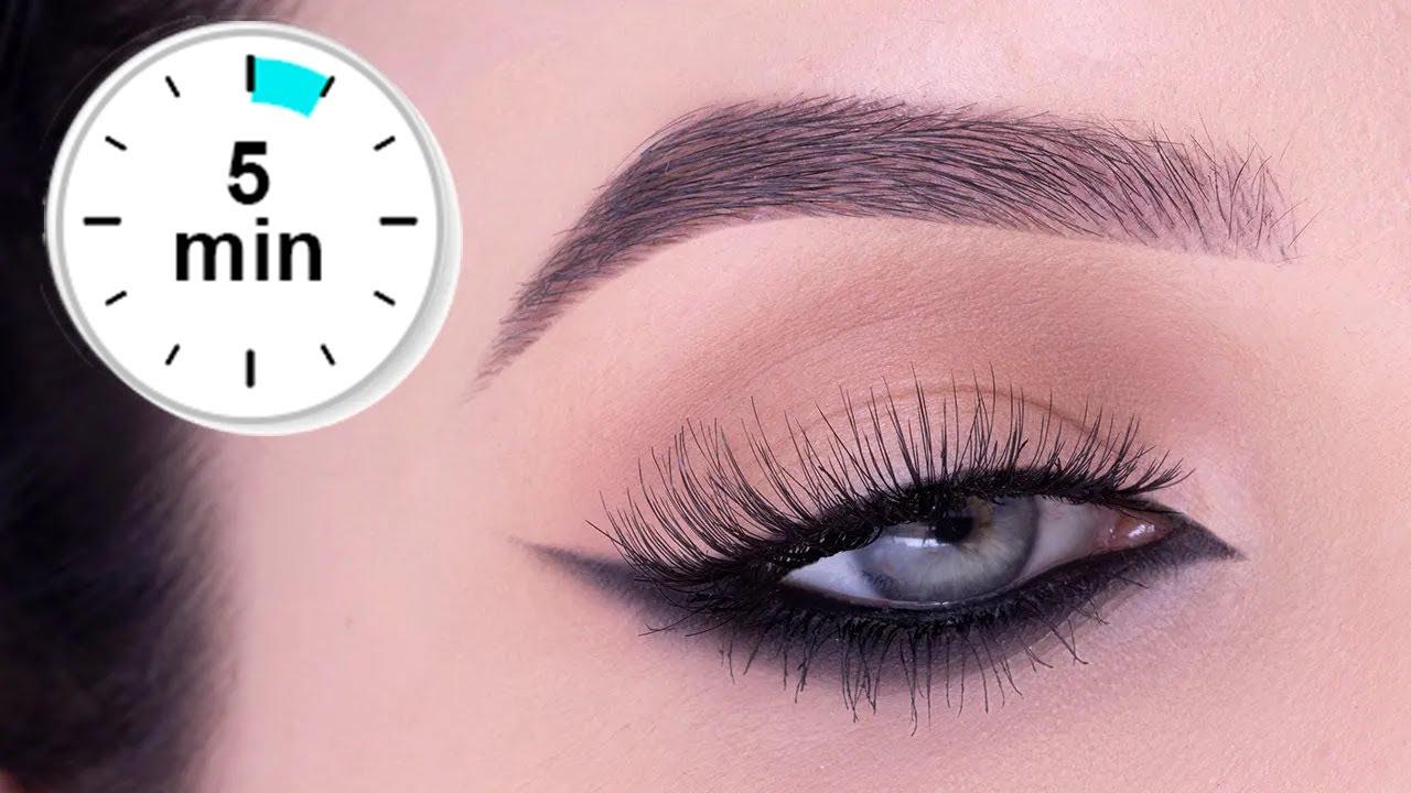 5 MINUTE Reverse Cat Eye Tutorial | Smokey Eyeliner