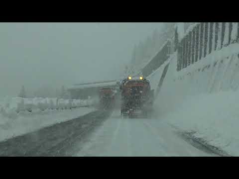 Extremes Schneechaos auf der A2 in Uri 04.04.2019
