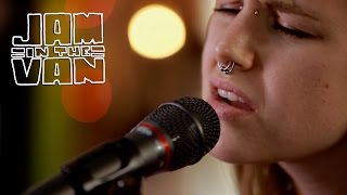 """CAT CLYDE - """"Sheets of Green"""" (Live at JITV HQ in Los Angeles, CA 2017) #JAMINTHEVAN"""