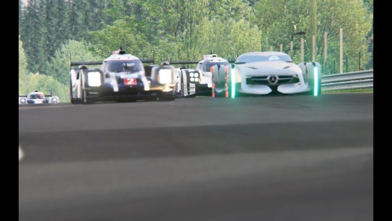 Batlle Mercedes-Benz Silver Arrow Concept vs Le Mans Racing Cars ...