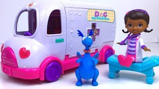 STORY WITH DOC MCSTUFFINS TOY HOSPITAL MOBILE CLINIC -  STUFFY AND LAMBIE HELP AND HEAL THE DOCTOR