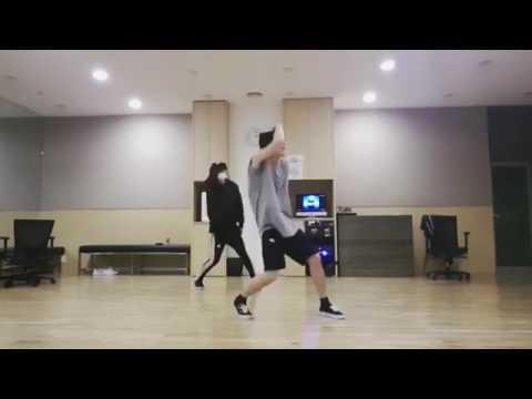 "IKON DONGHYUK DANCE CHRIS BROWN ""SWEET LOVE"""