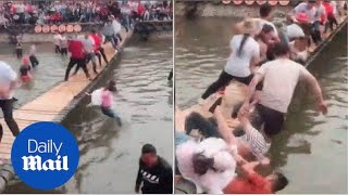 Hilarious game has people trying to shake opponents off a bridge