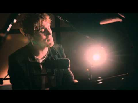 Martin Luke Brown - Bring It Back To Me (Live Acoustic Session)
