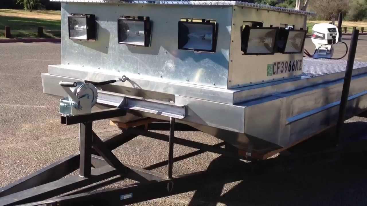 DIY Pontoon Bowfishing Boat part 2 - YouTube