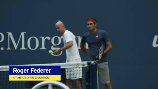 Roger Federer Warms Up For His R4 Match at the 2018 US Open