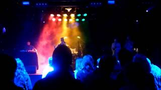Unlisted Fanatic ft  Saimn I and the Moonshine horns live @ Reggae Central 03 01 2014