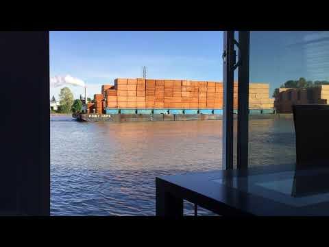 Plywood Barge & Tug May2017