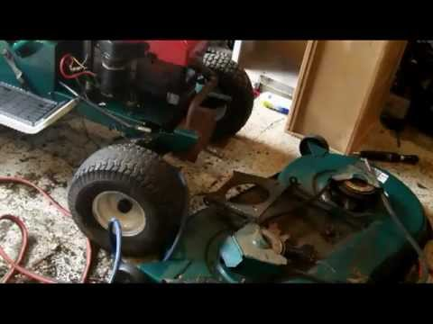 Working On The Mtd Yard Man Lawn Tractor Youtube