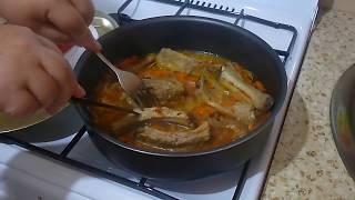 Как приготовить свиные ребрышки на сковороде