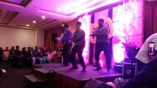 Group Dance - Poovukku Pirantha Naal (Little John)