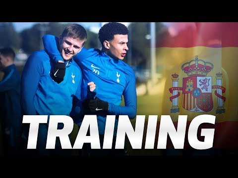 SPURS TRAIN IN BARCELONA