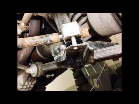 Lada 2131 4x4 (Niva) Torsen Install -- Front Axle