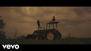 Смотреть клип Jack & Jack - Falling