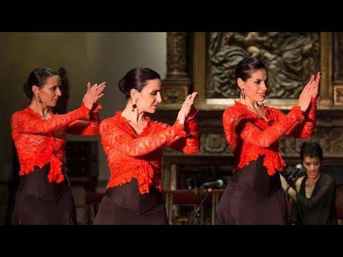 """<h3 class=""""list-group-item-title"""">Espectaculo en el #Museo Larreta: A la luz del Flamenco</h3>"""