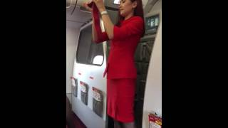 Video Philippines AirAsia A320 Safety Demonstration download MP3, 3GP, MP4, WEBM, AVI, FLV Juni 2018