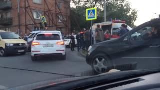 В Ростове на Портовой произошло серьёзное ДТП